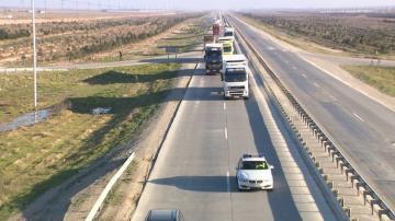 İrandan gələn yük avtomobillərinə koronavirus təhlükəsi ilə əlaqədar polis müşayiəti təmin edilib