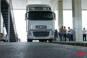State Customs Committee: There is no restriction in movement of trucks with Russia, Iran, and Georgia