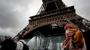 Paris on lockdown due to Covid-19 outbreak