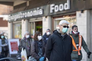 İtaliya koronavirusdan ölənlərin sayına görə Çini keçib