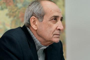 Xalq artisti vətəndaşlara, xüsusilə yaşlı insanlara evdən çıxmamağı məsləhət görüb