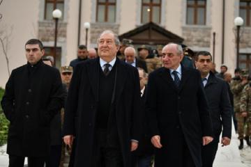 Президент Армении совершил поездку в Нагорный Карабах