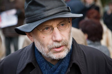 Writer Boris Akunin diagnosed with coronavirus