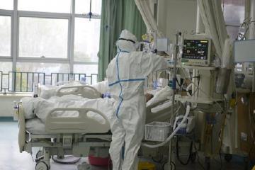 Число случаев заражения коронавирусом в США превысило 100 тыс.