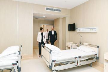 Президент Ильхам Алиев принял участие в открытии медицинского учреждения «Ени клиника» в Баку - [color=red]ОБНОВЛЕНО-1[/color]