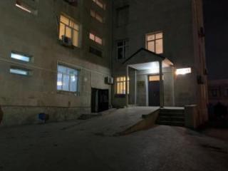 В Баку столкнулись 2 автомобиля, пострадали 3 человека