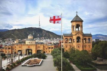 С завтрашнего дня в Грузии вводятся всеобщий карантинный режим и комендантский час