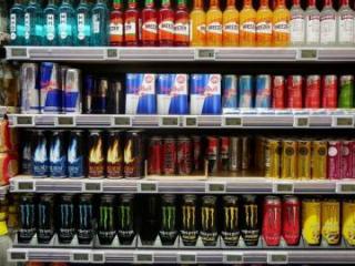 В Азербайджане запретят продажу энергетических напитков детям