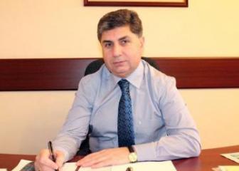 Акиф Тевеккюльоглу освобожден от должности руководителя главы пресс-службы парламента