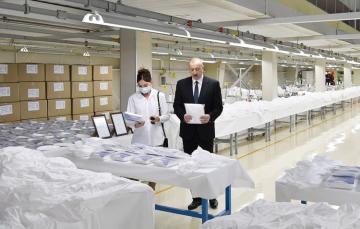 Prezident Sumqayıtda tibbi maska fabriki və qoruyucu kombinezon istehsalı müəssisəsinin açılışında iştirak edib - [color=red]YENİLƏNİB[/color]