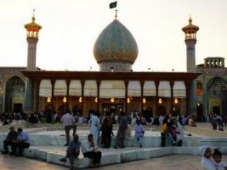 Рестораны и все мечети в Иране будут открыты после 25 мая