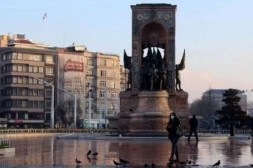В Турции ввели 4-дневный комендантский час на период празднования Рамазана