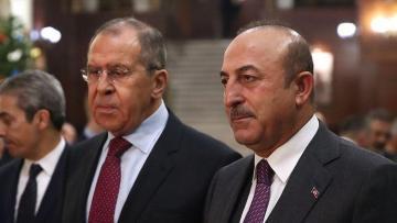 Состоялся телефонный разговор глав МИД Турции и РФ