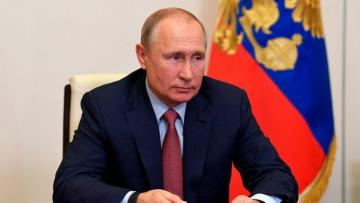 Putin signs bill on remote voting experiment in Moscow in 2020-2021