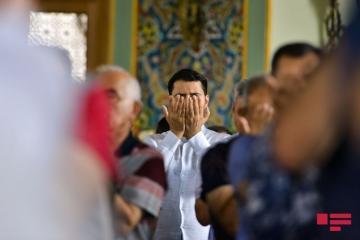 УМК: Завтра в мечетях не будет совершаться праздничный намаз