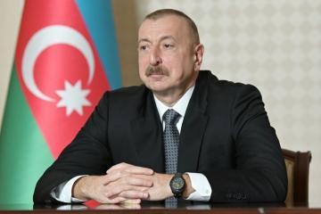 Президент: До конца сентября уже будет реализован первый этап, включающий тысячи новых ламп уличного освещения в Баку