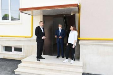 Президент Ильхам Алиев ознакомился с условиями, созданными в построенных в Шамахы многоэтажных зданиях  - [color=red]ОБНОВЛЕНО[/color]