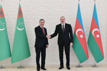 Qurbanqulu Berdiməhəmmədov Azərbaycan Prezidentinə təbrik məktubu göndərib
