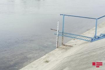 В Сальяне в канале обнаружен труп убитой женщины
