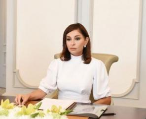 Mehriban Aliyeva congratulates Azerbaijani people on Republic Day