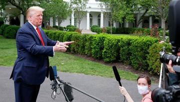 Трамп подписал указ о регулировании работы соцсетей