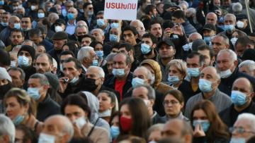 На митинге в Ереване представлен план действий оппозиции