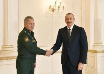 Prezident İlham Əliyev Rusiyanın müdafiə nazirini qəbul edib