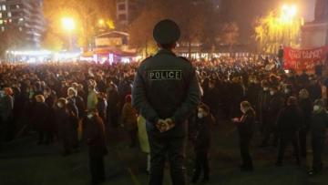 В Армении смягчили режим военного положения