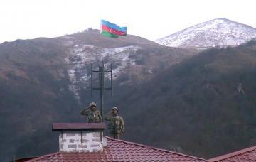 İşğaldan azad olunan Kəlbəcər şəhərində Azərbaycan bayrağı qaldırılıb - [color=red]VİDEO[/color]