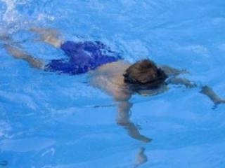 Bakıda su hovuzuna düşən 2 azyaşlının meyiti tapılıb - [color=red]YENİLƏNİB[/color]