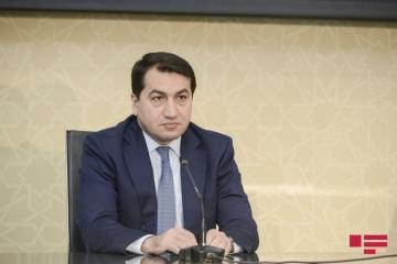Хикмет Гаджиев: Международное сообщество должно адекватно реагировать на использование Арменией террористических сил против Азербайджана