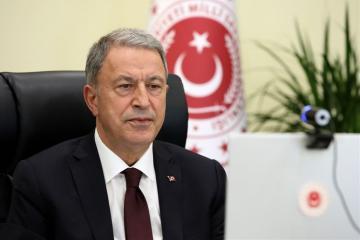 Хулуси Акар: Турция продолжит поддерживать Азербайджан