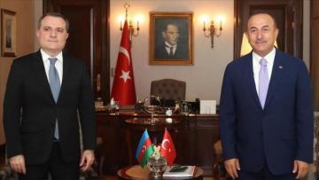 Главы МИД Турции и Азербайджана обсудили Карабах