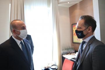 Главы МИД Турции и Германии обсудили нагорно-карабахский конфликт