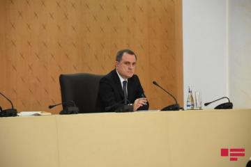 Глава МИД Азербайджана связал долгие переговоры в Москве с бессмысленными требованиями Армении