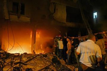 Beyrutda yanacaq anbarında partlayış olub, ölənlər var - [color=red]VİDEO[/color]