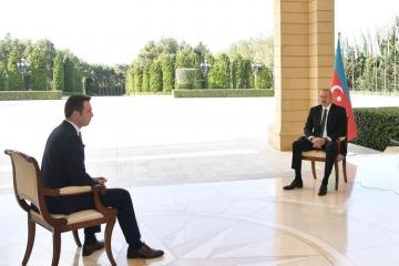 Президент Ильхам Алиев: Спасительная миссия Азербайджанской армии продолжается, ежедневно мы освобождаем новые позиции