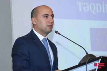 Эмин Амруллаев: Для системы образования возникла угрожающая ситуация