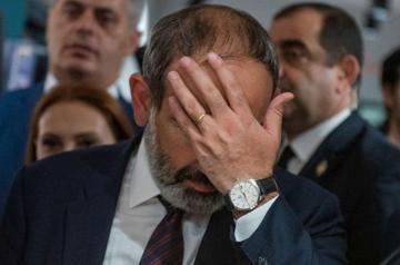 Армения, подняв белый флаг, попросила прекратить огонь - [color=red]КОММЕНТАРИЙ[/color]