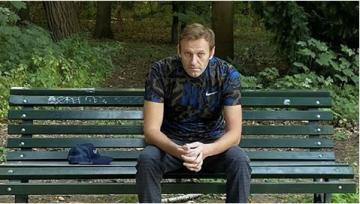 ABŞ telekanalında Navalnının çox sayda mühafizəçilərilə birgə görüntüləri yayımlanıb