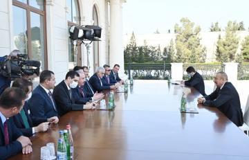 Azərbaycan Prezidenti Türkiyə Böyük Millət Məclisinin Sədrini qəbul edib