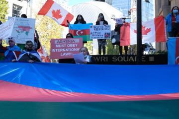Kanadada Gəncədəki terror aktlarına etiraz olaraq yürüş keçirilib - [color=red]FOTO[/color]