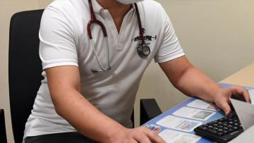 Генконсульство: Приняты обращения 504 врачей из Турции в связи добровольной работой в тылу