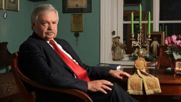 Альберт Лиханов награжден орденом «Достлуг»
