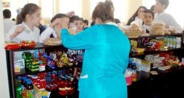 В Азербайджане определены требования к столовым учебных заведений в период особого карантина