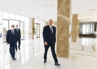 Prezident İlham Əliyev Sumqayıt Kimya Sənaye Parkının nəzdində Peşə Təhsil Mərkəzinin açılışında iştirak edib