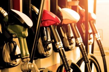 Азербайджан увеличил производство автомобильного топлива – [color=red]ТАБЛИЦА[/color]