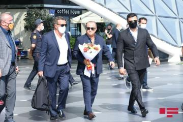 Galatasaray club arrived in Baku - [color=red]PHOTOSESSION[/color]