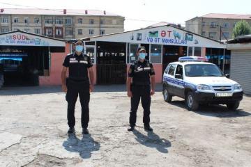 Закрытый из-за коронавируса Шекинский рынок взят под полицейский контроль – [color=red]ФОТО[/color]