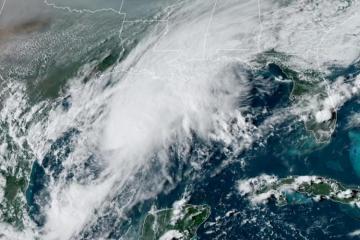 """Atlantik okeanında yaranan """"Beta"""" fırtınası Meksika körfəzinə yaxınlaşır"""